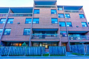 204 - 4060 Lawrence ave (36 of 38)